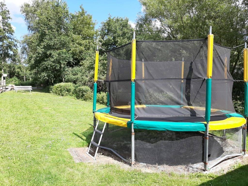 Camping La Chaumière trampoline